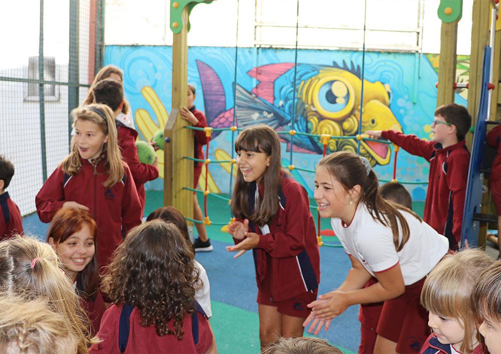 Los alumnos del Colexio San Jorge cumplen las medidas frente al COVID